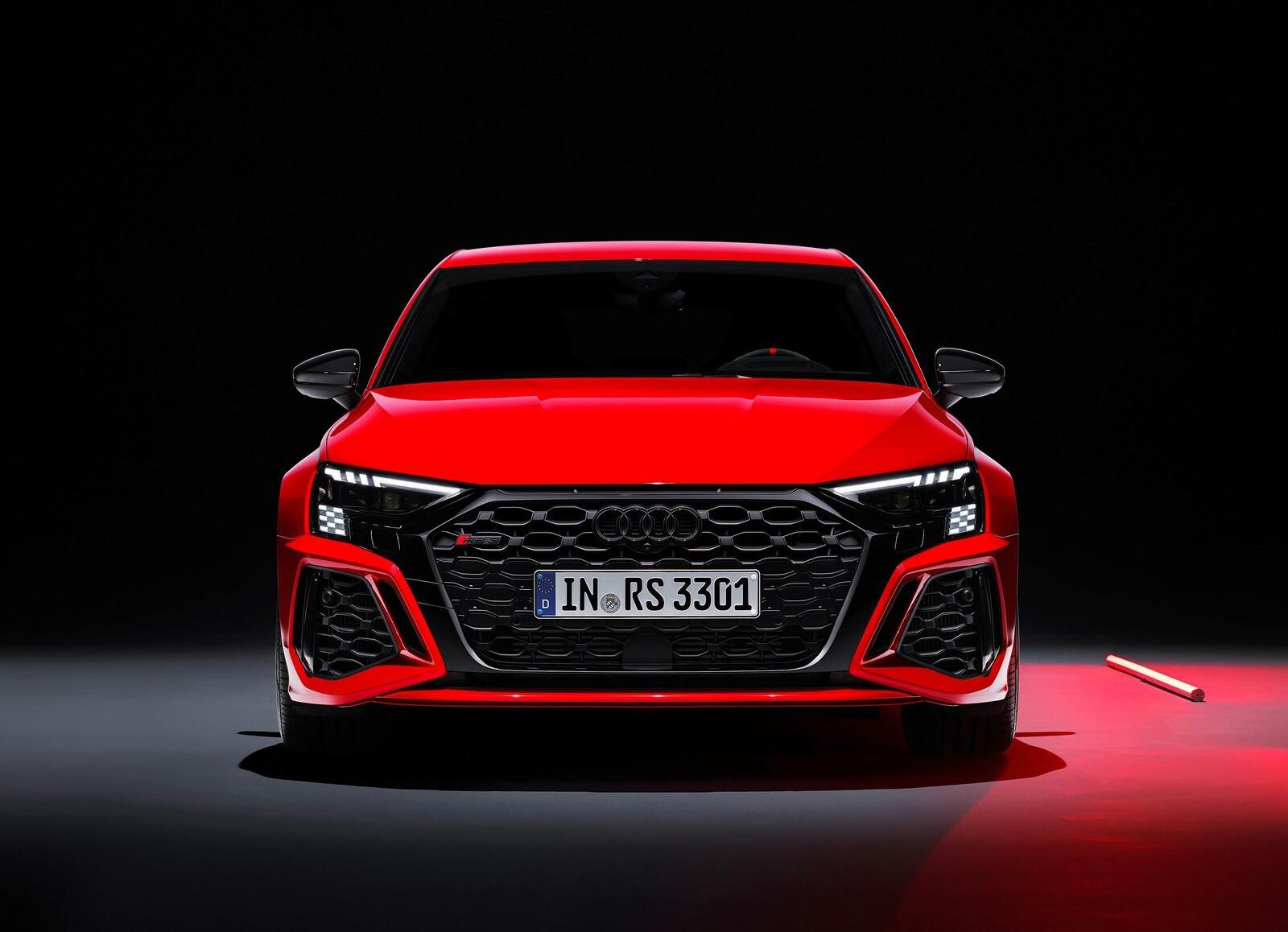 Foto de Audi RS 3 2022 (85/99)