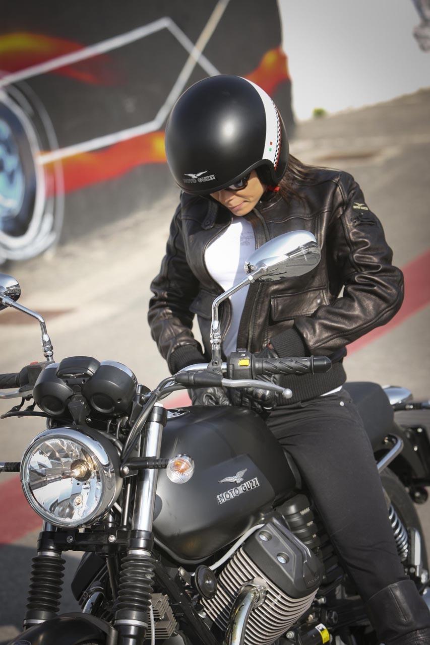 Foto de Moto Guzzi V7 Stone (32/57)