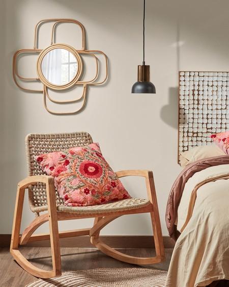 Biombos y mecedoras: nuevos complementos estrella para nuestros dormitorios en la era post covid (19 ideas)