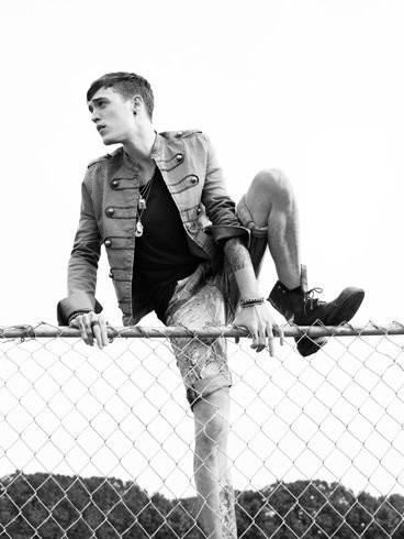 H&M: Fashion Against AIDS 2010
