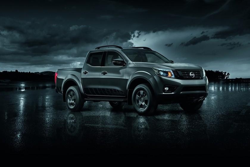 Nissan NP300 Frontier LE Midnight Edition en México
