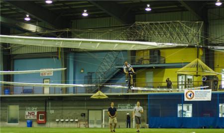 Un equipo canadiense lo logra 33 años después: llega el helicóptero sin motor
