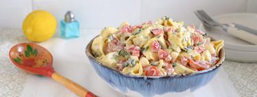 Ensalada de tortellini con aliño cremoso de yogur: receta para dar más variedad a las ensaladas de pasta