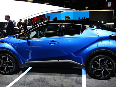 Explosión de tecnología de Toyota en París