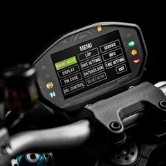 Foto 25 de 68 de la galería ducati-monster-1200-s-2020-color-negro en Motorpasion Moto