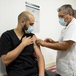 """""""Patria"""", la vacuna mexicana contra COVID iniciará pruebas en humanos, después de sus primeros resultados exitosos en ratones"""