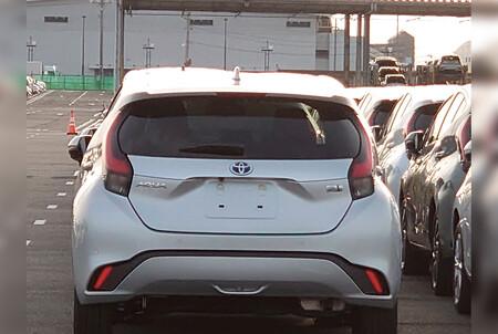 Toyota Prius C 2022 4