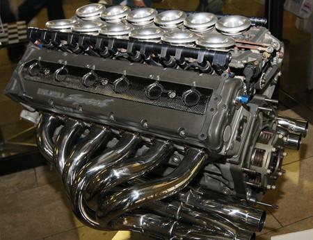 Isuzu P799WE V12 - F1