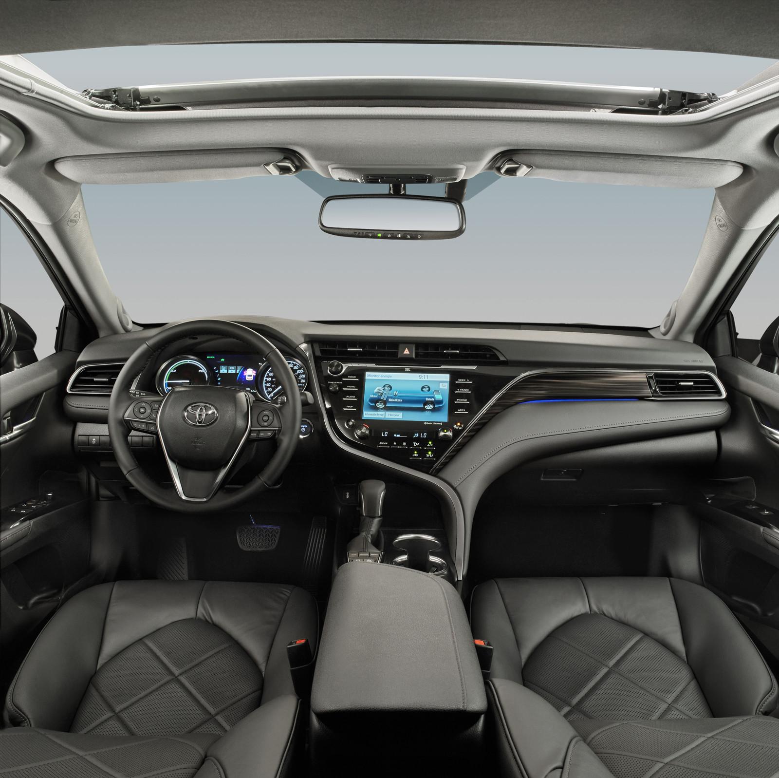Foto de Toyota Camry Hybrid (11/12)