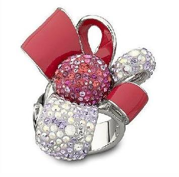 Swarovski Garnet, una lujosa flor-sortija