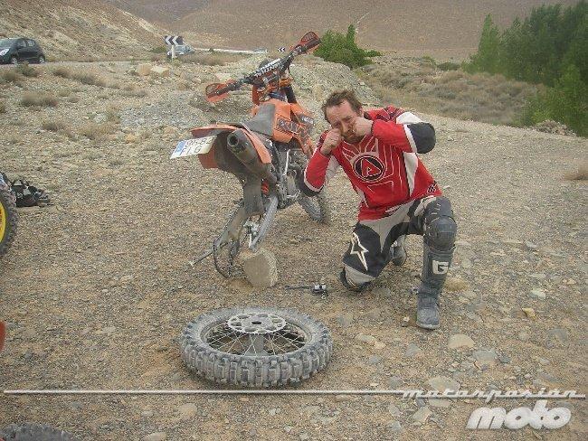 Jerom rompe la moto