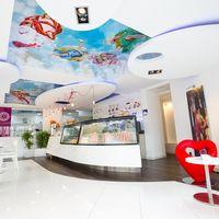 Gelatería di Angelo. Una heladería con mucho arte diseñada por Viteri/Lapeña