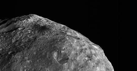 Un asteroide nos rozó el pasado domingo