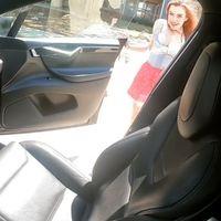 Más allá de lo S3XY: alguien ha abusado del Autopilot de un Tesla Model X para grabar un vídeo porno en marcha