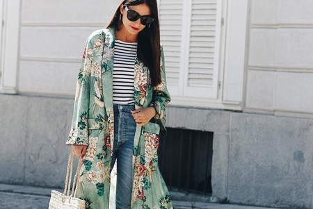 11 looks de street style que nos ayudarán a combinar nuestro kimono en todas las ocasiones