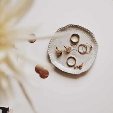 Nueve soluciones por menos de 24 euros para ordenar las joyas en un cajón