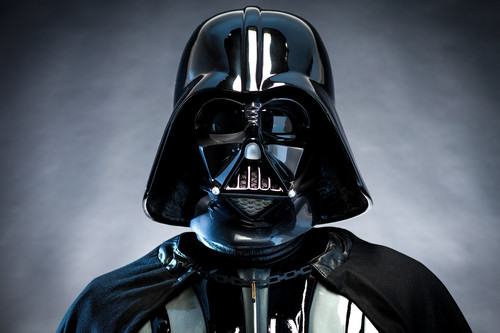 Steelbook de 'La leyenda de Tarzán', serie completa de 'Vigilados (Person of Interest)' y figura de Darth Vader: Cazando Gangas