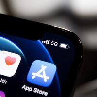 Amor por Buscar, odio a Podcasts: los usuarios se ceban con varias aplicaciones de Apple ahora que pueden reseñarse en la App Store