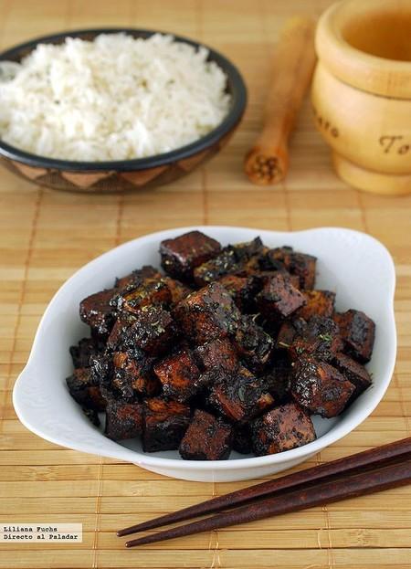 Tofu en salsa de ajo negro