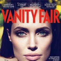 Va de miradas: Angelina Jolie en Vanity Fair contra Natalia Vodianova en Vogue