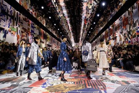 Dior recupera el espíritu de mayo del 68: una colección feminista y revolucionaria