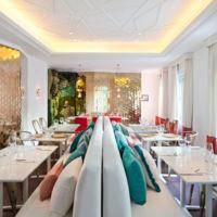 Las mejores ideas para decorar con molduras en Casa Decor 2016