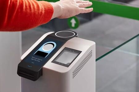 La palma de la mano para identificarnos y pagar: Amazon One se olvida de la huella dactilar y el iris para la identificación biométrica