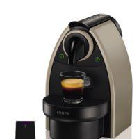 Cafetera Nespresso Krups por 49 euros y 20 euros en cápsulas