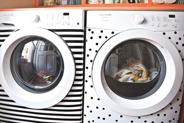 Antes y después: una zona de lavado divertida y muy bien organizada