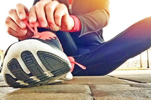 Las mejores ofertas de zapatillas hoy en Sarenza: Adidas, Puma y Converse más baratas
