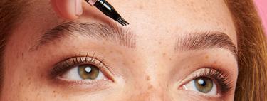 Benefit lanza su nuevo lápiz de cejas para las que quieren probar el microblading sin hacerlo permanente