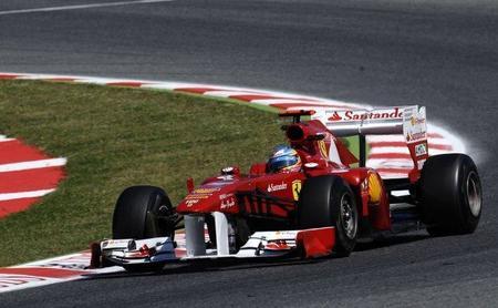 GP de España F1 2011: Fernando Alonso acaba doblado