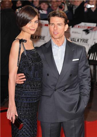 Katie Holmes no se separa de sus bolsos Roger Vivier