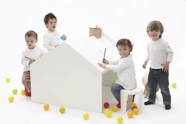 DeskHouse: escritorio y casita en un sólo mueble