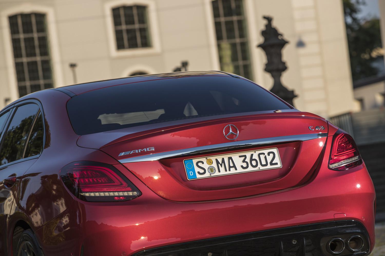 Foto de Mercedes-Benz Clase C 2018, toma de contacto (188/255)