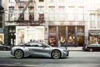BMW sigue apostando por la electricidad: el i8 deja de ser sólo un prototipo