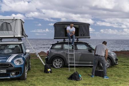 El MINI más grande quiere que te vayas de escapada: ya puedes acampar en el techo de tu Countryman