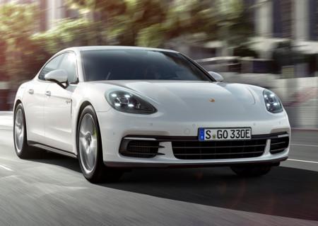 Porsche Panamera 4 E-Hybrid: El alma del 918 Spyder en un sedán de alto rendimiento