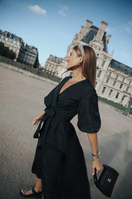 Estos pendientes, collares, pulseras y diademas cuestan menos de 10 euros y son ideales para llevar con un vestido negro este fin de año
