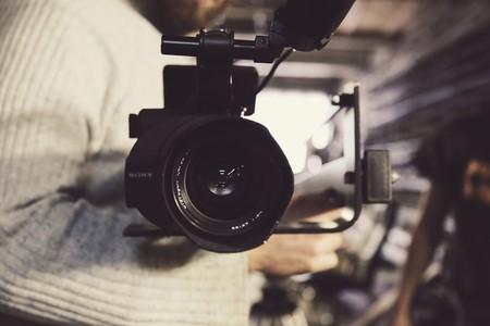 Wikipedia se queda atrás en el vídeo: cómo la filosofía de contenido libre que la encumbró lastra su modernización audiovisual
