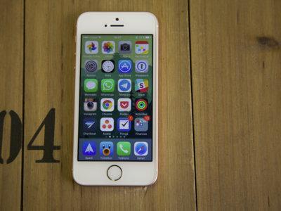 El iPhone SE ya es uno de los teléfonos más vendidos, aunque la palma se la lleva el Galaxy S7