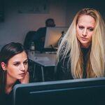 La presión en el trabajo podría aumentar los factores de riesgo cardiovascular en las mujeres en comparación con los hombres