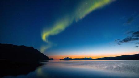 Noruega, de arriba abajo, en el maravillosamente fotografiado timelapse «Norway»