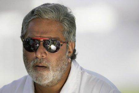 Vijay Mallya retrasa la decisión