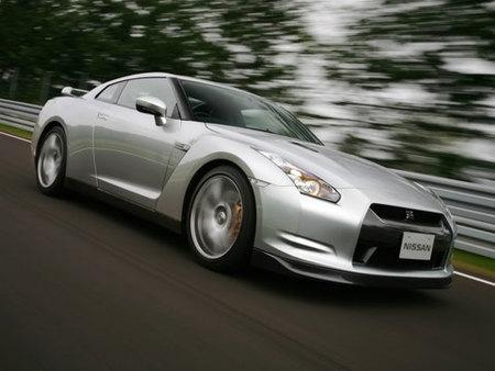 Nissan se defiende y asegura que el tiempo del GT-R es real