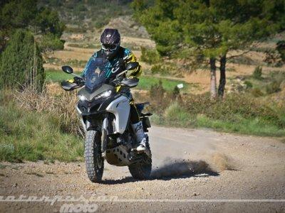 La Ducati Multistrada 1200 Enduro ha venido para arrancarte todos los prejuicios