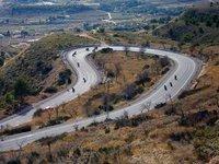 Carretera de doble sentido, limitación a 90 km/h, da lo mismo el arcén