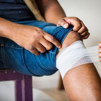 Cuida tus rodillas en el gimnasio: ejercicios y consejos que te ayudan a protegerlas