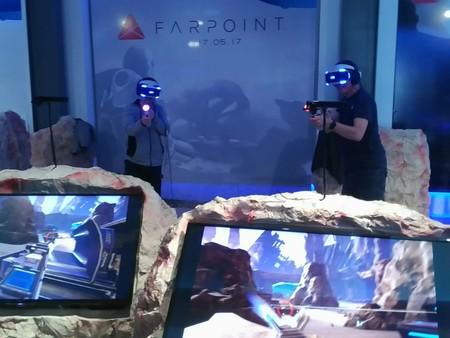Jugamos a StarBlood: Arena y Farpoint con su PS VR Aim Controller, la primera pistola para PlayStation VR