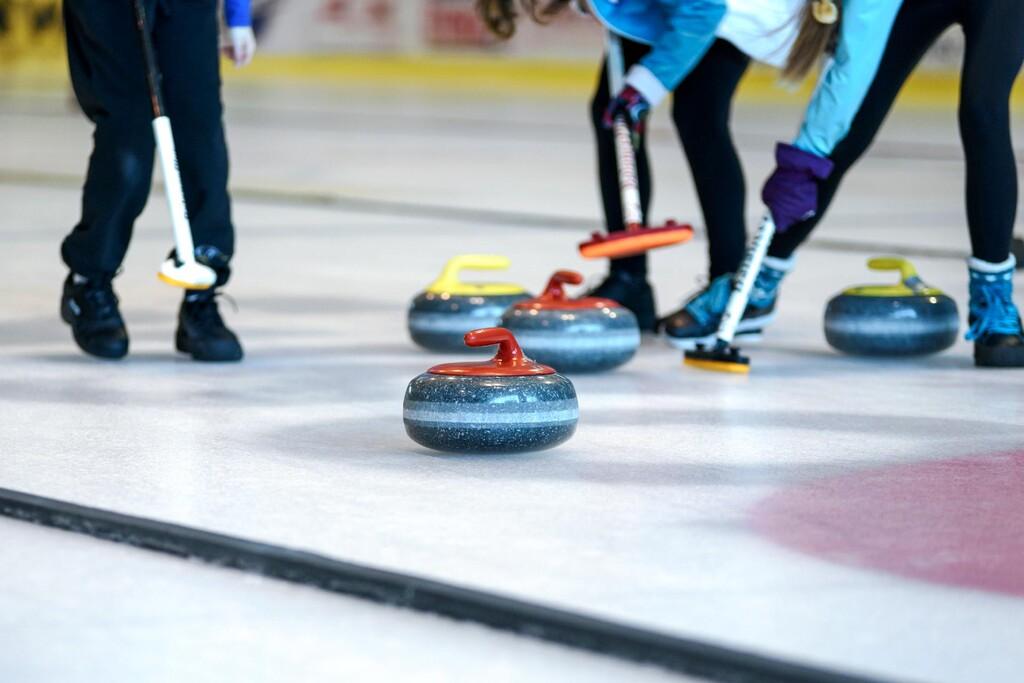 Después de dominar el ajedrez y el Go, la inteligencia artificial pone a prueba su potencial en otro deporte: el curling